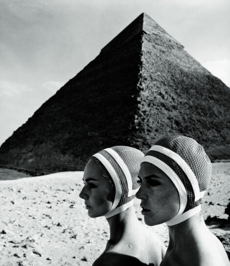 "The Cheops pyramids"", Karin Mossberg and Micky Zenati in Op Art-Fashion / F.C. Gundlach"